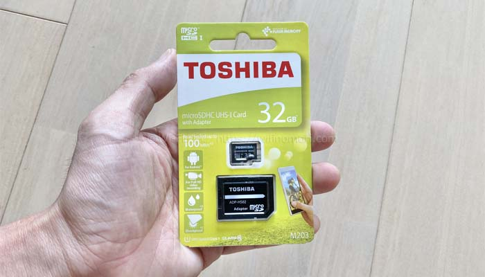 東芝製32GBのmicroSDカードを使用しています